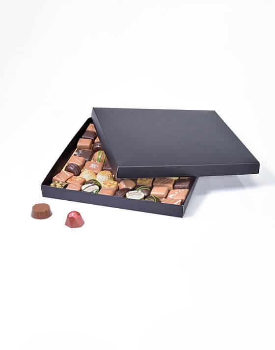 Coffret carré chocolat noir